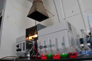 01 Atomic Absorption Spectrophotometer